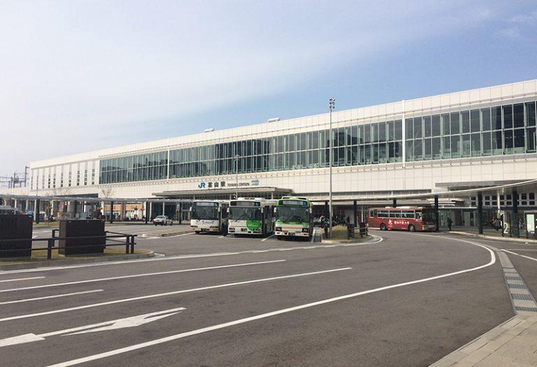 北陸グラスロン株式会社の納入事例 JR富山駅